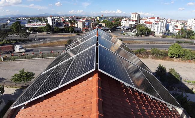 lắp đặt điện mặt trời cho hộ gia đình